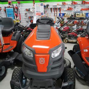 Husqvarna TS 242D Garden Tractors